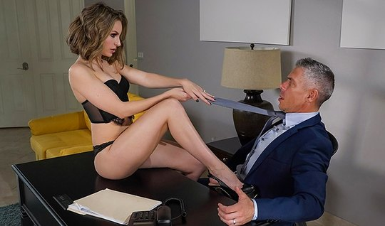 Secretary with long legs blew the boss and gave fuck yourself