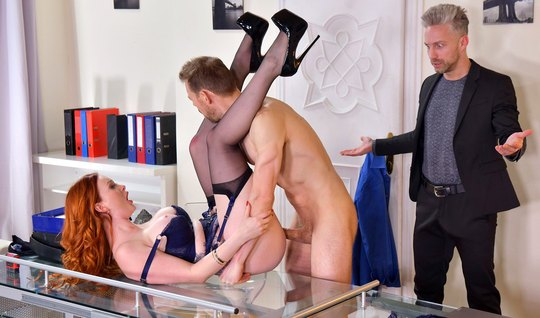 Redhead at work arranges a group sex with muscular colleagues and moans