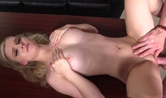 The aspiring actress, the entire casting, fucks in a narrow shaved pussy without a pedom