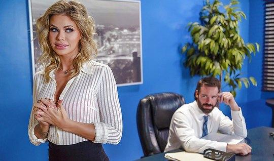 The boss Fucks Horny Secretary in the office on a small table