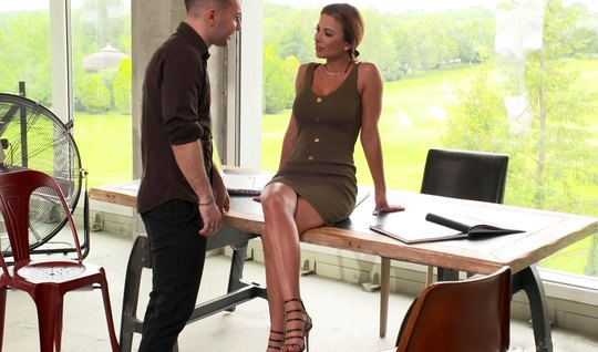 Secretary with big milkings on the table lets herself be fucked in full