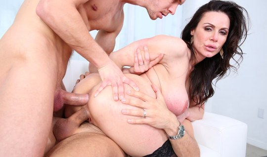 Brunette with big milkings during double penetration cums on dicks