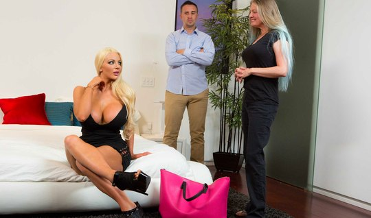 Husband cheats on his wife with her blonde sister who has very big milkings