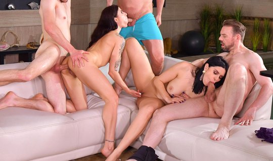 Guys did not deny themselves in the company of sluts during an orgy with double penetration