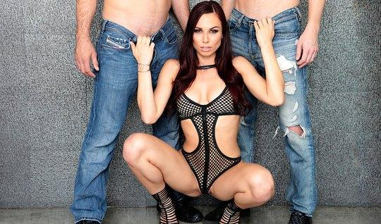 Brunette in lace body makes the men a double Blowjob and fingering with both hands