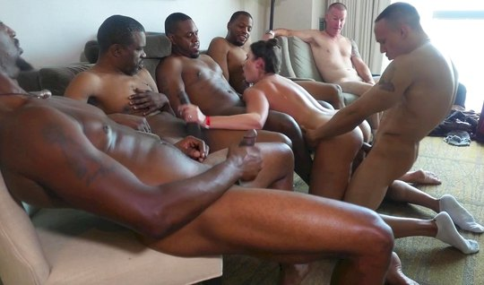Girl cheats on her husband with a crowd of blacks and cums from double penetration