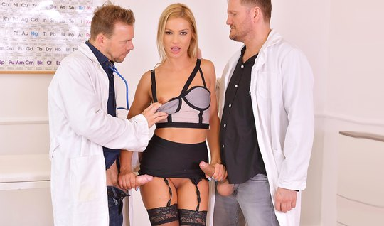 The two doctors bent blonde in stockings and fucked her in two trunk