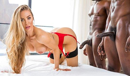 Blond slut in stockings serves holes two Dicks blacks