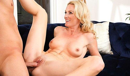 Hot lover at home fucking myself with cancer longtime girlfriend sisyastaya