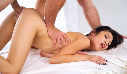 Skinny Asian girl moans loudly sex with a guy in the pose of cancer and gets cum in mouth