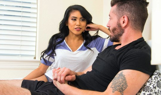 Dark-haired latina, kissing, unshaven guy and jumps on his penis