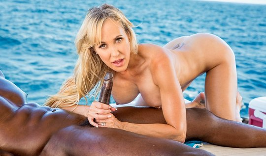 The nurse shakes big Tits and gets fucked with a muscular black man on yacht
