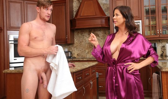 Mature mom with big milkings spread her legs for sex with young stepson