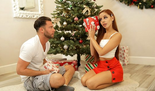 Redhead girl in front of the tree made a guy a Blowjob and sat on the member