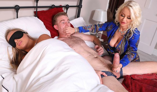 Nurse with tattoos knocked out son-in-law with a big dick for treason