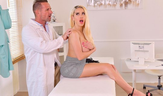 Blonde with big milkings in the doctors office cums from passionate fuck