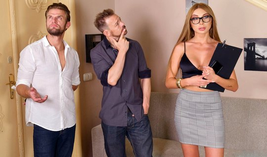 Russian girl with glasses inserts their holes for double penetration with guys