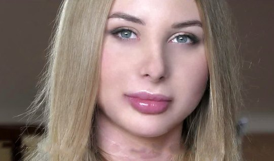 Russian girl during casting receives from men double penetration