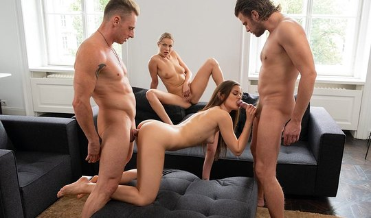Swingers enjoy a cool group sex and get a real thrill